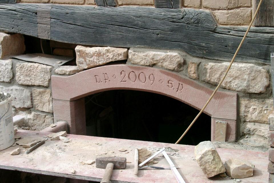 Sandsteinbogen Kellerabgang Fachwerkhaus setzen